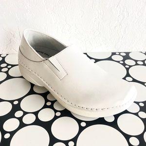 Spring Step Shoes   Wide Width Nurse